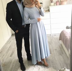 Pinterest: @adarkurdish Modern Hijab Fashion, Muslim Fashion, Modest Fashion, Hijab Outfit, Hijab Dress, Couple Hijab, Couple Outfits, Modest Wear, Modest Outfits