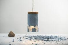 Lampe en béton design Dragos Motica pour Ubikubi