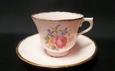 Royal Vale Pretty Pink Bone China Vintage Teacup 1940s Floral England
