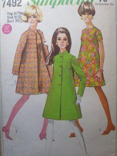 Simplicity 7492, 1967 #60s #sewing #vintage