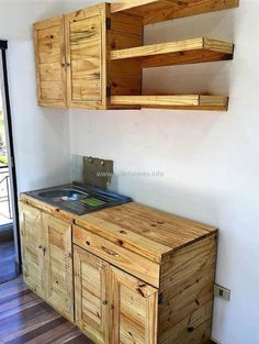 Adorable, Affordable DIY Ideas with Recycled Pallets: The ideas of recycling wood pallets we have presented here are affordable because nothing other than Pallet Kitchen Cabinets, Pallet Cabinet, Kitchen Cabinet Design, Kitchen Furniture, Wood Pallet Kitchen Ideas, Reclaimed Kitchen, Wooden Pallet Projects, Wooden Pallet Furniture, Wooden Pallets