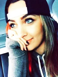 Aaaahhh!!Michael Jackson's wonderful and insanely beautiful daughter Paris Jackson!!Xxx