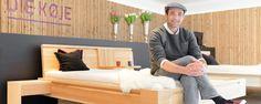 Die Kreativwirtschaft Austria bietet umfangreiche Serviceleistungen für den wirtschaftlichen Erfolg der Kreativen und ihre branchenübergreifende Vernetzung. Creative Design, Storage, Furniture, Home Decor, Things To Do, Homemade Home Decor, Larger, Home Furnishings, Decoration Home
