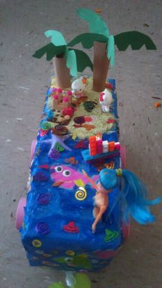 Fiesta float school project Mermaid and beach theam