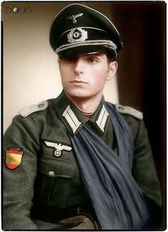 Spanish fascist - fought as a volunteer for the Nasis - Leutnant Ricardo Sanz Fernández, 9 Kompanie, III/263 División Azul.