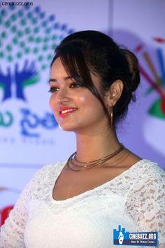 Latest Stills of Shanvi Srivastava