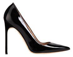 Manolo Blahnik  colaborará con Alvarno. El diseñador creará los zapatos del próximo desfile de la firma española
