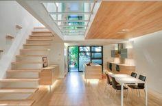 plancher-de-verre-et-escalier-flottant-en-bois                                                                                                                                                                                 Plus