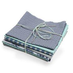 Erfrischende Näh-, Bastel- und Dekoprojekte realisieren wir mit dem tollen Mix aus Stoffstücken von Au Maison ganz sicher. Fjord, Cotton Textile, Cotton, Do Crafts, Nice Asses