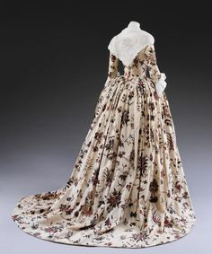 Overdress, 1760-1770, India (made for the European market), Painted and dyed cotton, partly lined with silk, V&A Museum