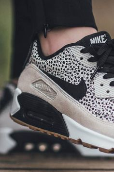 NIKE Air Max 90 Premium white & light brown