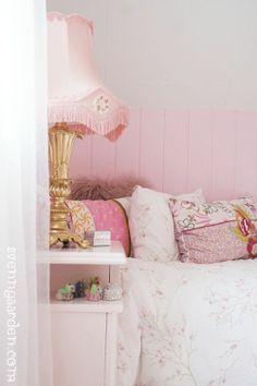Pink Bedroom Styling from SvennGaarden