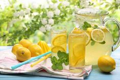 Live It Up With Lemons: 10 Zesty Recipes. Fresh lemonade is great for hot summer days. But there's so much you can do with lemons. Check the guide to find out how best to use the citrusy fruit. Homemade Lemonade Recipes, Lemonade Diet, Lemon Detox, Lemon Water, Natural Home Remedies, Refreshing Drinks, Beverages, Lose Weight, Water Weight