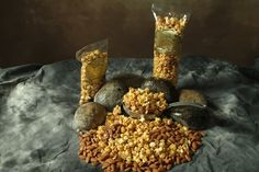 A Rocky Mountain river of fresh flavors.  Glazed pecans and almonds are perfectly blended with our sweet nougat popcorn!