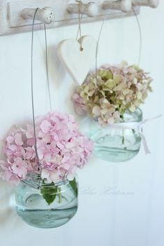hydrangeas in little mason jars