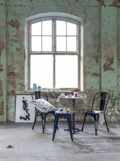 Lovisa Burfitt har skapat kollektionen Paris Please för Hemtex