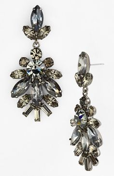 Get your sparkle on with these stone drop earrings #nsale http://rstyle.me/n/mkad5nyg6