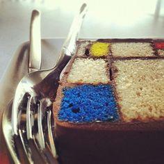 Mondrian cake Vanessa come ; ) HAHAHAHAHAHA