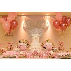 Domingo cor de rosa!!! Chá de Bebê da Minnie em Tuile de Jour by Confeitaria!! #babyshower #exclusivoconfeitaria #aconfeitaria #priscilladiniz #confeitariaefestas #minnie #melhordocedomundo #disney