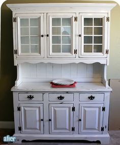 White hutch with touches of black for white/black and blue dining room Diy Furniture Repair, Furniture Projects, Furniture Makeover, Home Projects, White Furniture, Painted Furniture, Painted Hutch, Repurposed Furniture, Vintage Hutch