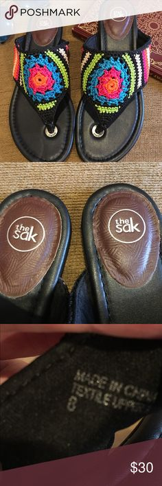 Sak flip flops. Size 8 Come join the story in these adorable Sak flip flops. Size 8 Like new condition The Sak Shoes Sandals