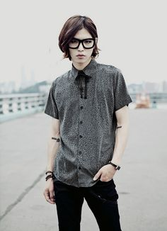 Korean fashion / Gil / ulzzang