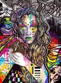 los colores y las formas organicas, la cara de la mujer hacen que la imagen sea interesante, atractiva visualmente  ami me atrajo básicamente el color y arriba esta en blanco y negro se muestra toda la gama de colores pienso que eso es lo que mas hizo que fuera coincidencia  la cara de la mujer y los colores es lo mas visible