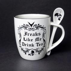 Alchemy, Tea Mugs, Coffee Mugs, Coffee Area, Coffee Lovers, Bild Tattoos, Goth Home Decor, How To Make Tea, Drinking Tea