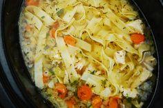 Crock Pot Chicken Noodle Soup Recipe – Page 2 – Pointskitchens Chicken Vegetable Noodle Soup, Chicken And Vegetables, Chicken Soup, Slow Cooker Recipes, Soup Recipes, Healthy Recipes, Ww Recipes, Healthy Soups, Pudding Recipes