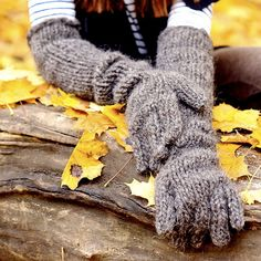 SALETall  clouchy gloves  chunky knit by DesperatelyDifferent, $75.00