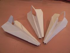 Avion en Papier, Pliage en papier, Origami facile