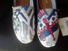 New York Yankees baseball hand painted TOMS!!!