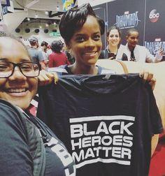 Letitia Wright (Shuri) a with fan at Comic Con 2017