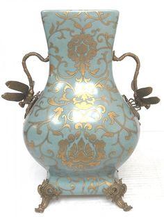 Victorian Style Porcelain Vase W/ Bronze Dragonfly : Lot 196