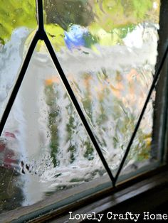 DIY Faux Lead Glass - would love to have the courage to try this! Crystal Clear Gallery Glass Paint, Redi-Lead, Black Simulated Liquid Lead, toothpicks.   Going to have to look into this! Definitely what the side lites on our front door need!