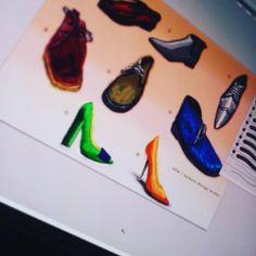 水彩風のイラスト。 靴屋さんのパンフレット用のイラスト。 イラストが決まらないと先に進めにゃい。 難しいです!! #design #illustration #watercolor #shoes👠