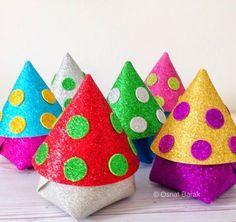 אורות ורזים: משלוח מנות לפורים Gift Packaging, Games For Kids, Christmas Cookies, Party Favors, Crafts For Kids, Coin Purse, Embroidery, Creative, Blog