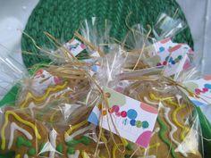 Galletas decoradas para celiacos, para intolerantes al gluten. María se quedó como loca al recibir este regalo tan exclusivamente preparado para ella.