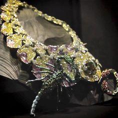 collier-scorpions-wallace-chan-biennale-joaillerie