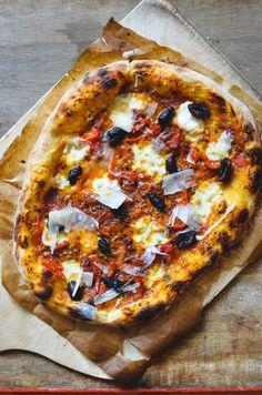 Pizza z kvasu – Maškrtnica Vegetable Pizza, Pasta, Bread, Vegetables, Food, Meal, Essen, Vegetable Recipes, Hoods