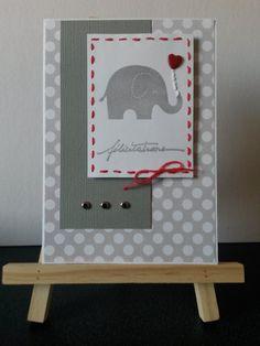 carte de félicitations naissance ou baptême avec un éléphant