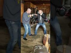 Bobby Gunn Showing the Difference Between Gloved Boxing and Bare Knuckle Boxing - YouTube