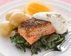 Salmon with Lemon and Dill Aioli recipe from Food in a Minute Salmon Recipes, Seafood Recipes, Cooking Recipes, Healthy Recipes, Healthy Food, Salmon Dishes, Pork Dishes, Food In A Minute, Lemon Dill Salmon