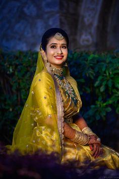 South Indian Wedding Saree, South Indian Weddings, South Indian Bride, Saree Wedding, Indian Bridal, Bridal Sarees, Wedding Saree Blouse Designs, Half Saree Designs, Indian Wedding Hairstyles