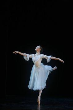 balletomanegirl: christinaballerina13: Ksenia Zhiganshina as Masha. I love Ksenia c: she's a gorgeous ballerina, and such a nice person t...