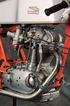 Vintage Ducati single