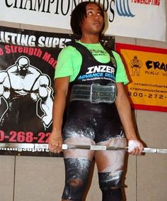 13 year old powerlifter Women Lifting, Lift Heavy, 13 Year Olds, Female Fitness, Fit Women, Punk, Lady, Sports, Fashion