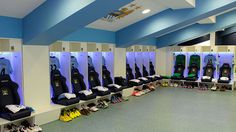 The new backstage Southampton Fc, Changing Room, Ac Milan, Psg, Manchester City, Fc Barcelona, Squat, Ronaldo, Real Madrid