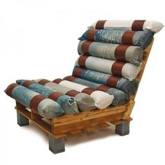 The cushions are made out of latex cylinders covered with recycled denim, removable and washable. The seat and back are made with a pallet. Here is a perfect vintage chair made by Hang Design. The cushions are made out of latex cylinders covered with Denim Furniture, Repurposed Furniture, Pallet Furniture, Furniture Ideas, Pallet Chairs, Pallet Lounger, Pallet Seating, Handmade Furniture, Recycled Pallets