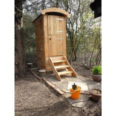 Bog Standard Composting Toilet. Small Compact Compost Design.